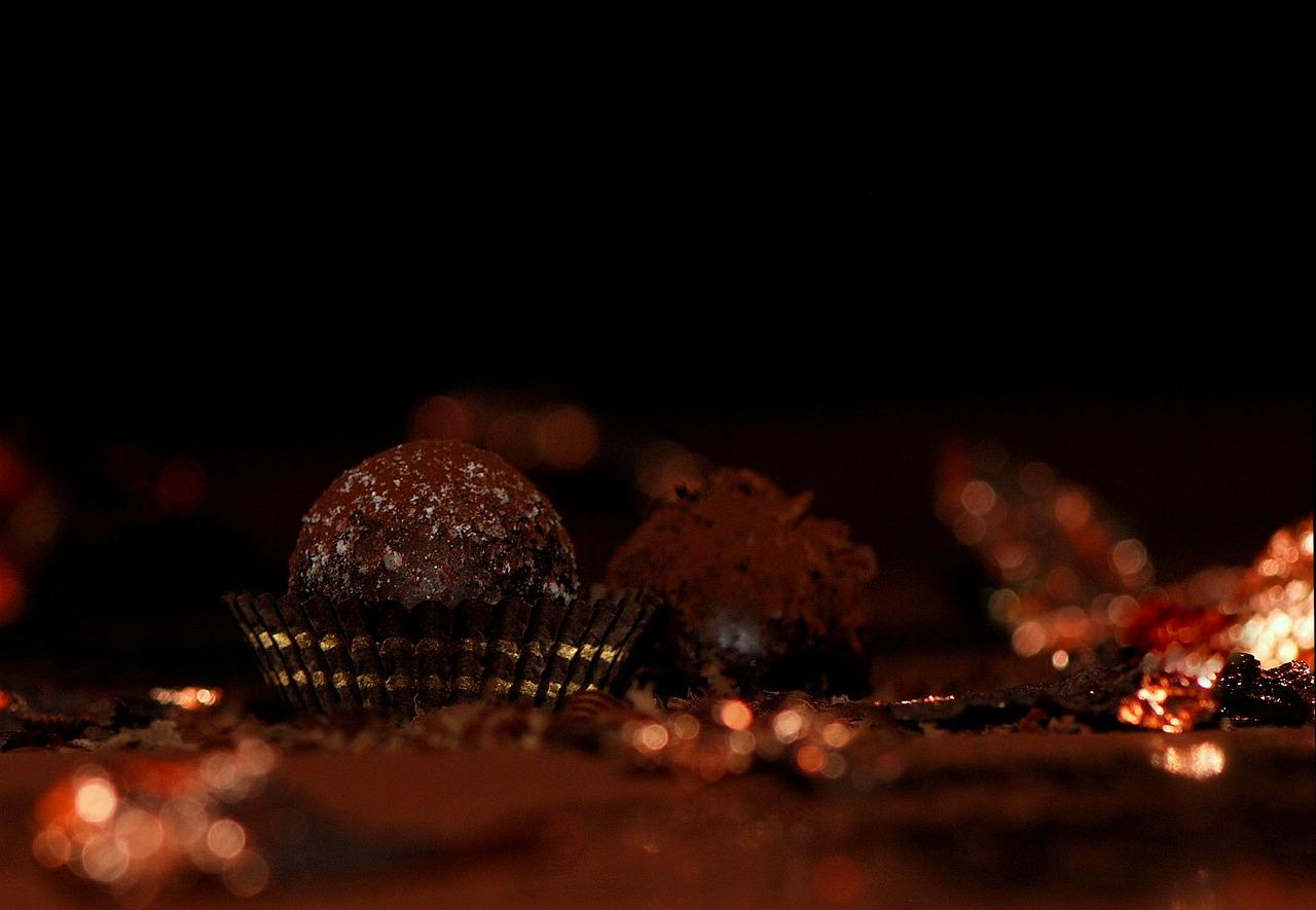Chocolade truffels van zoete aardappel