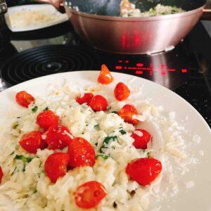 glutenvrije FODMAP met spinazie en tomaten
